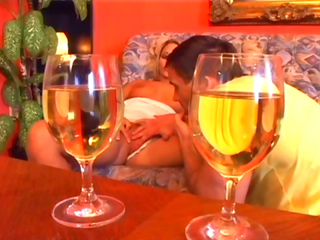 Téléchargement de Un verre de foutre pour l'apéro