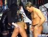 video de sexe Jeune fille vierge initiée au plaisirs sado maso